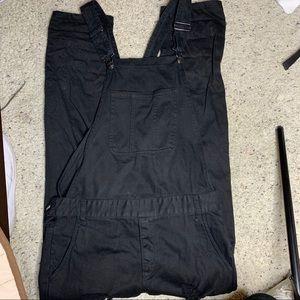 forever 21 men // black distressed overalls
